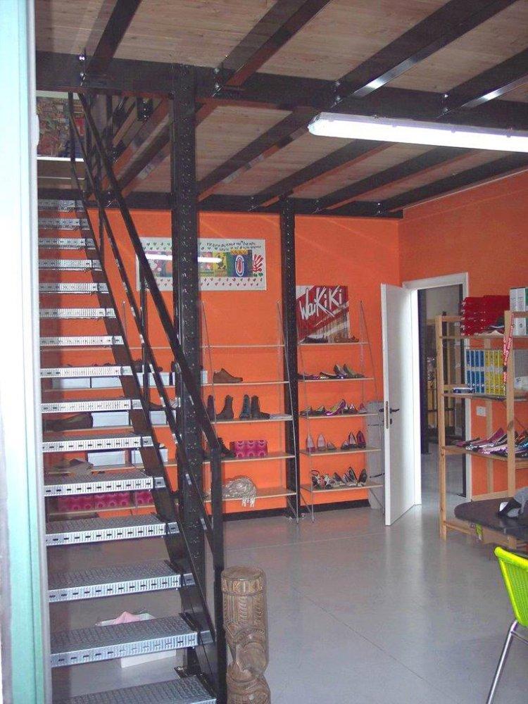 Scaffalature Metalliche Roma Via Tuscolana.Soppalchi Soppalchi Industriali Scaffalature Metalliche